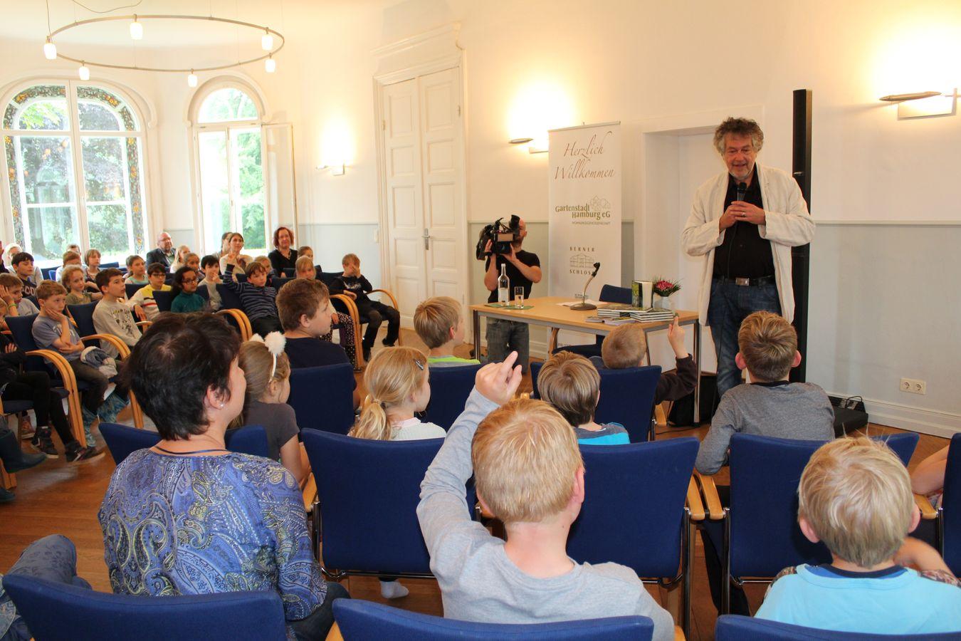 Vorlesevergnügen im Berner Schloss